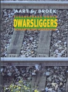 Omslag Dwarsliggers resized - 12.2013